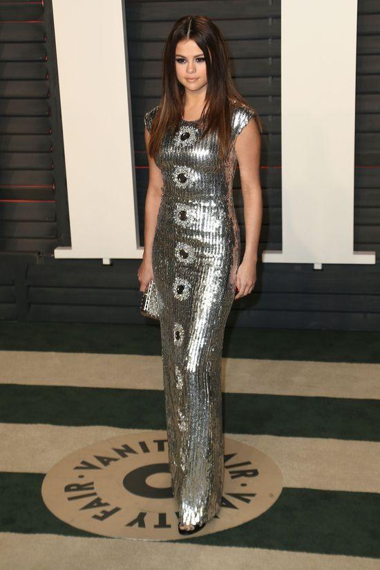 Selena Gomez postawiła na bardzo ryzykowną kreację