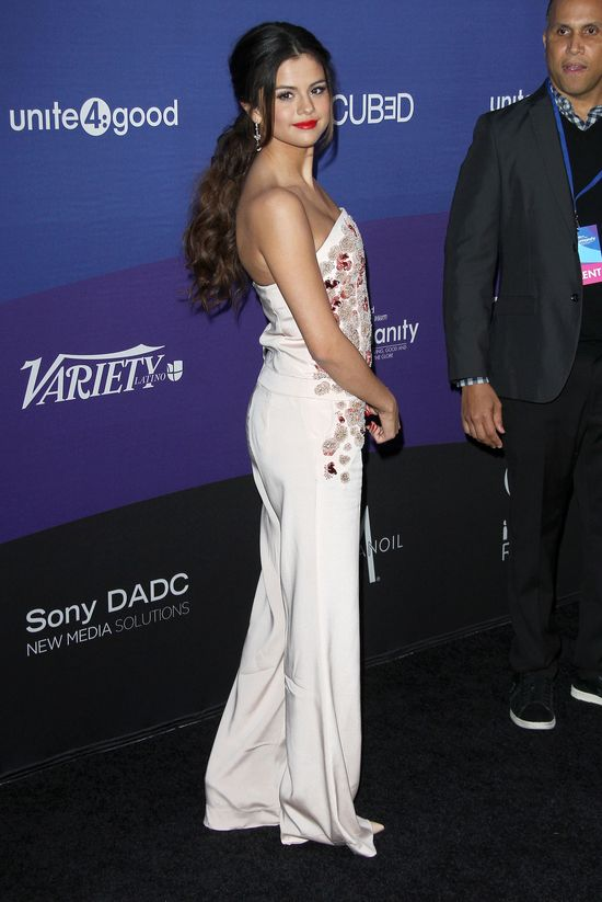 Selena Gomez jak cukierek (FOTO)