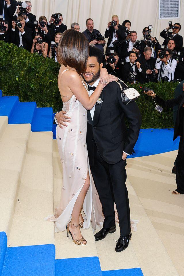 Jakiego haka na Selenę Gomez ma The Weeknd? Wokalistka boi się ujawnienia prawdy