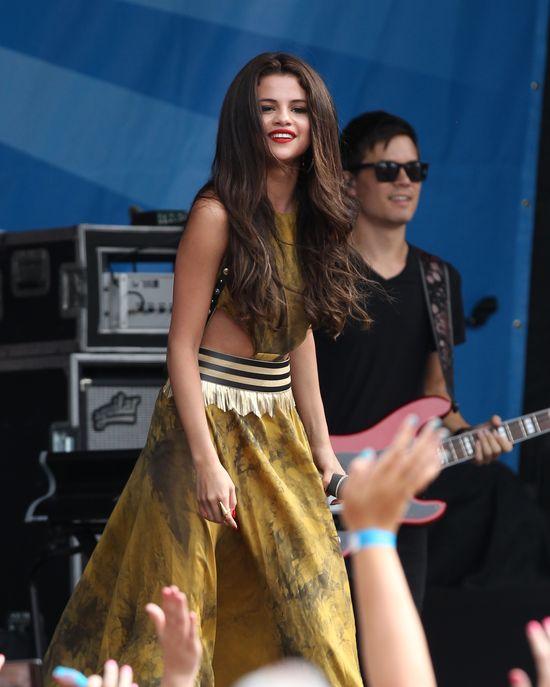 Co pokazała Selena Gomez na koncercie? (FOTO)