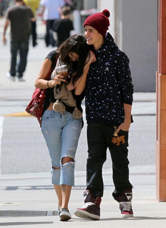 Gomez chcia�a starszego ch�opaka, wi�c... wr�ci�a do Justina
