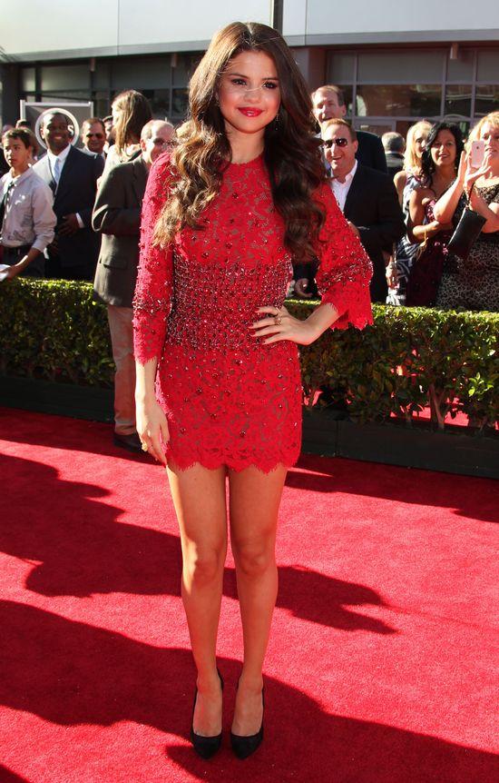 Selena Gomez nas okłamała? (FOTO)