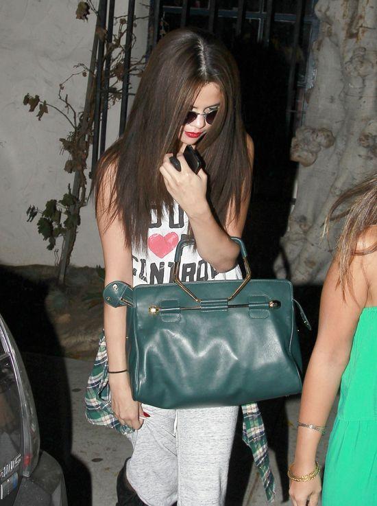 Selena Gomez zmieniła fryzurę (FOTO)