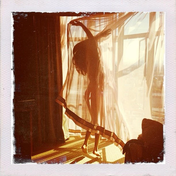 Selena Gomez pokaza�a swoje niezwyk�e zdj�cie NAGO