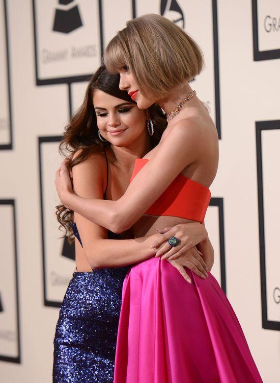 Taylor Swift udzieli�a Selenie Gomez porad sercowych