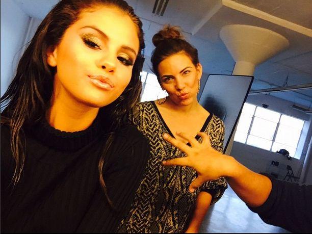 Selena Gomez kontra Kylie Jenner - pojedynek na dzióbki