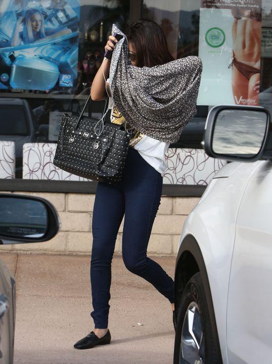 Jak Selena Gomez próbuje zapomnieć o Justinie Bieberze? FOTO