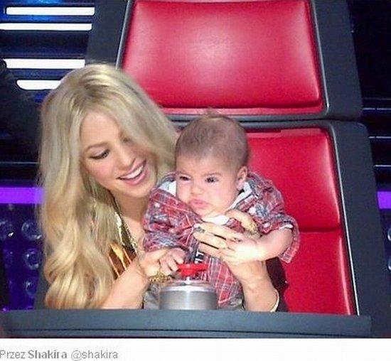 Shakira i mały Milan na planie The Voice (FOTO)