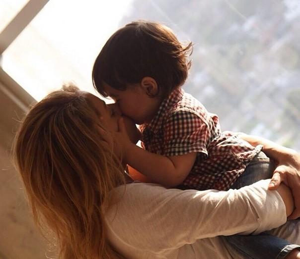 Shakira jest w ci��y! (FOTO)