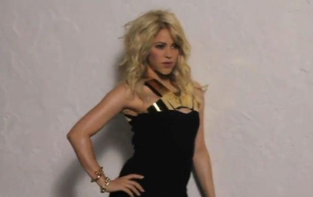 Shakira chwali si� bardzo szczup��  figur� (FOTO)