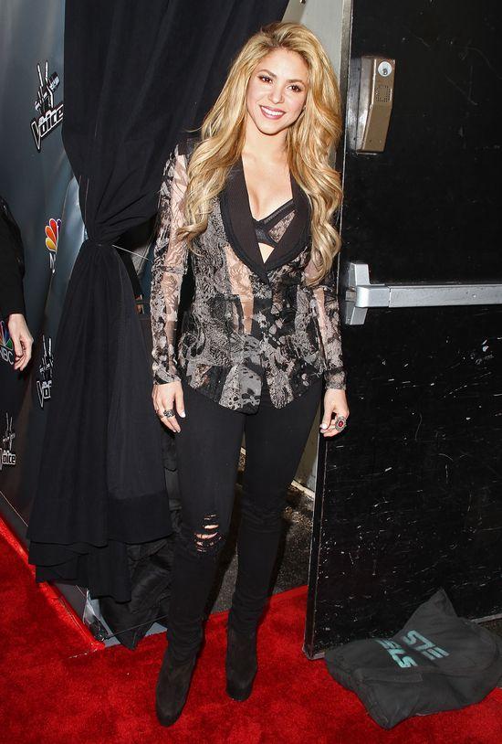 Shakira błysnęła biustem (FOTO)