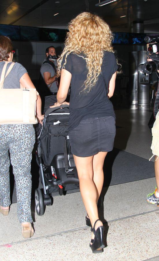 Seksowna mamuśka - Shakira (FOTO)