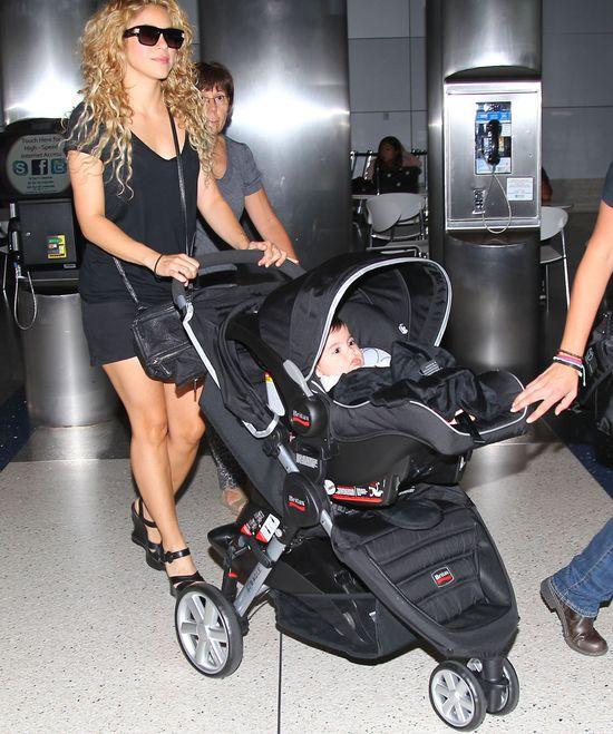 Seksowna mamu�ka - Shakira (FOTO)