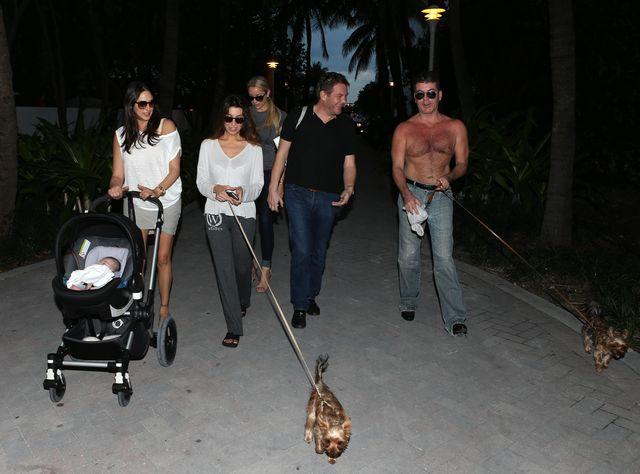 Simon Cowell ponownie przyłapany z rodzinką (FOTO)