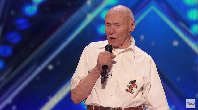 To, co zrobił ten 82-latek w amerykańskim Mam Talent przejdzie do historii!