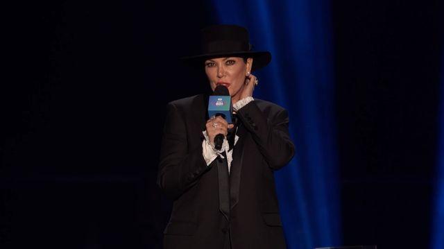 Kris Jenner WYBUCZANA na koncercie