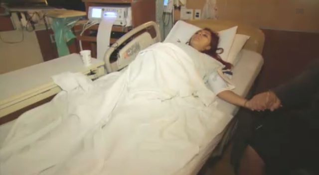 Snooki zaprosiła kamery na porodówkę (VIDEO)