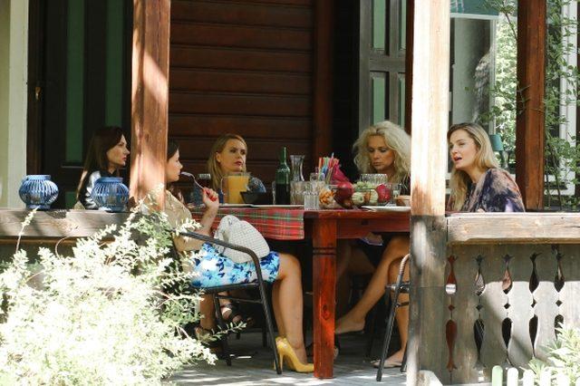Socha i Sienkiewicz na planie nowej serii Przyjaci�ek (FOTO)