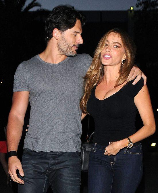 Sofia Vergara i Joe zaręczyli się po miesiącu znajomości?!