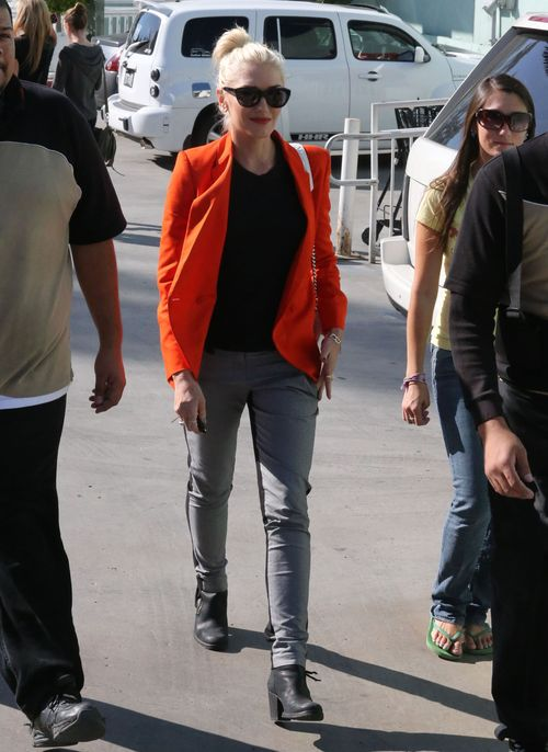 Gwen Stefani na sobotnich zakupach z rodzin� (FOTO)
