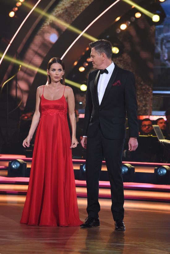 Paulina Sykut na planie Tańca z gwiazdami - widać ciążowe krągłości! (FOTO)