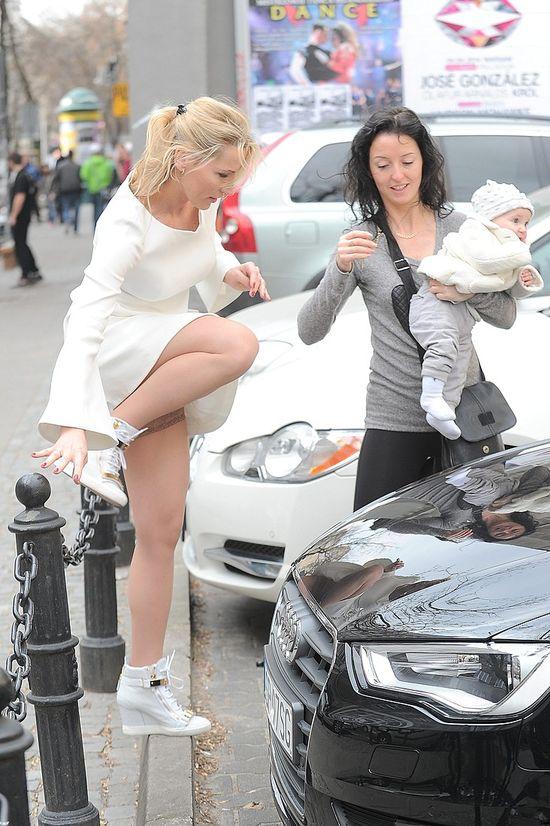 Sylwia Gruchała wszędzie zabiera ze sobą 10-miesięczną córkę