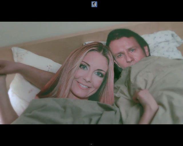 Szymon Majewski w łóżku z Majdanem i Rozenek [VIDEO]