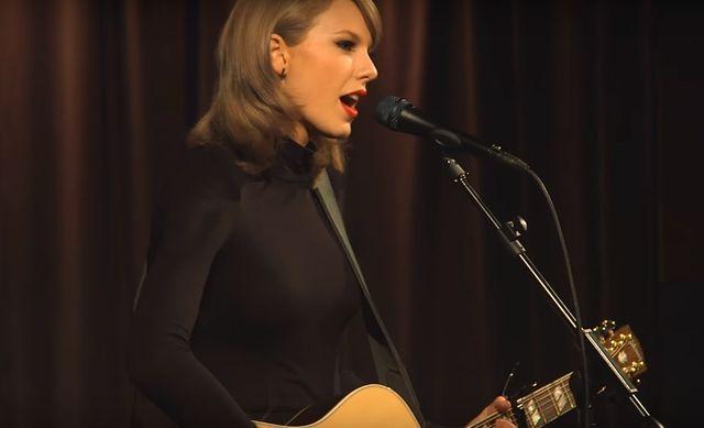 Niesamowite! Jak Taylor Swift brzmi na żywo? (VIDEO)