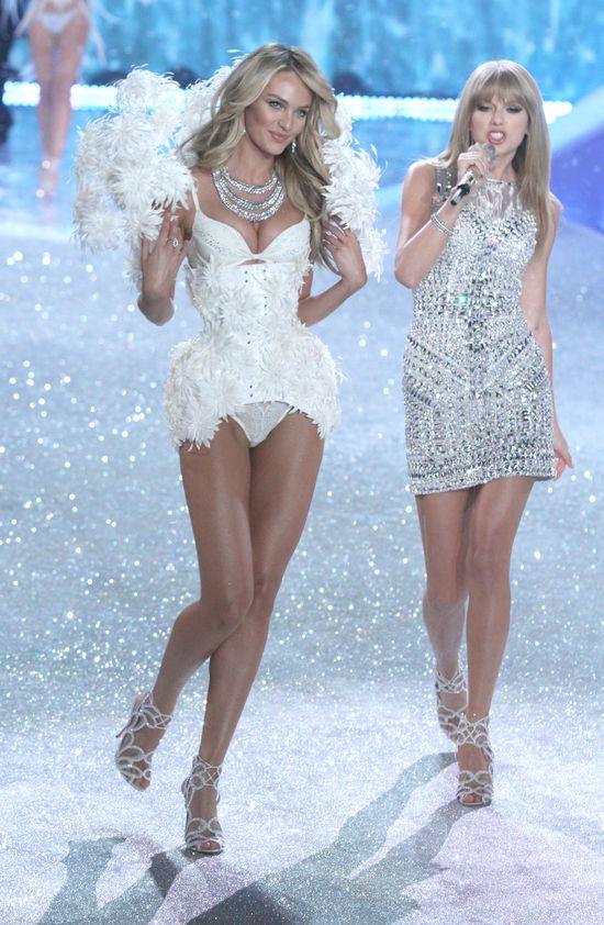 Taylor Swift śpiewa dla aniołków Victoria's Secret (FOTO)
