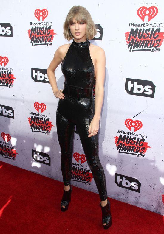 Tym gestem Taylor Swift pokazała, gdzie ma Justina Biebera