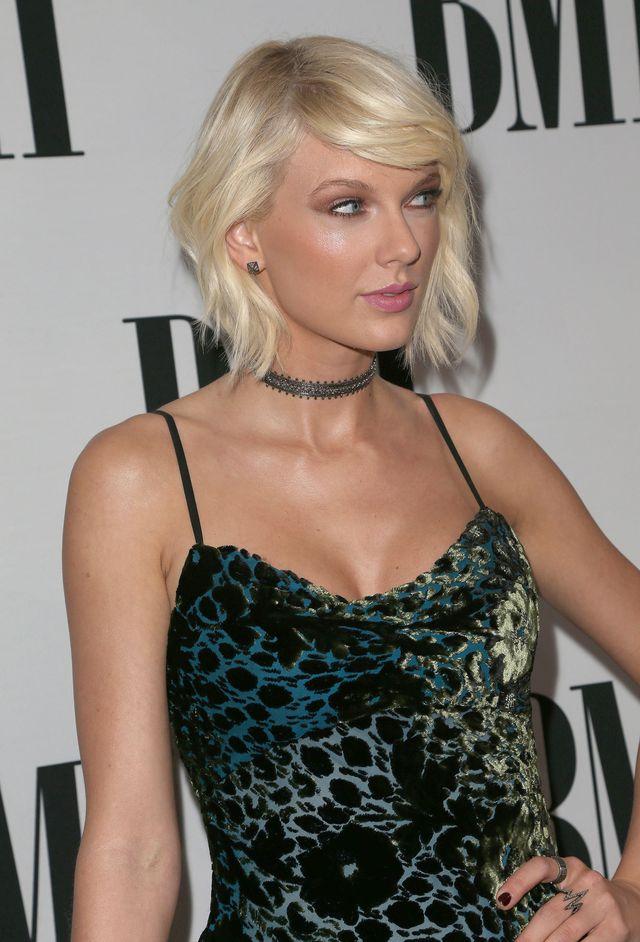 Taylor Swift tańczy i całuje się z Joe Alwynem <3