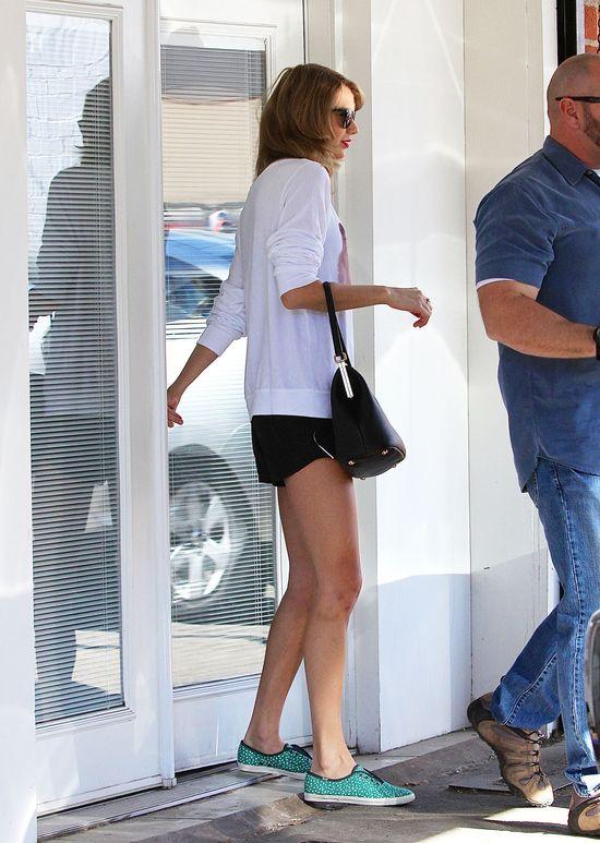 Zdjęcia Taylor Swift bez makijażu są warte fortunę? (FOTO)