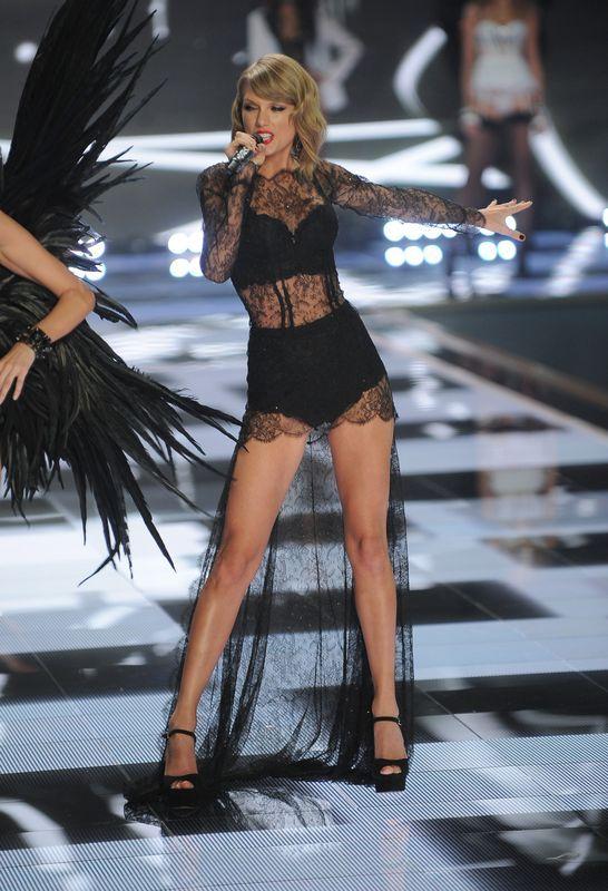 Taylor Swift zadomowiła się na wybiegu VS (FOTO)