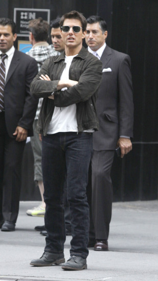 Tom Cruise zabrał Suri do Wielkiej Brytanii
