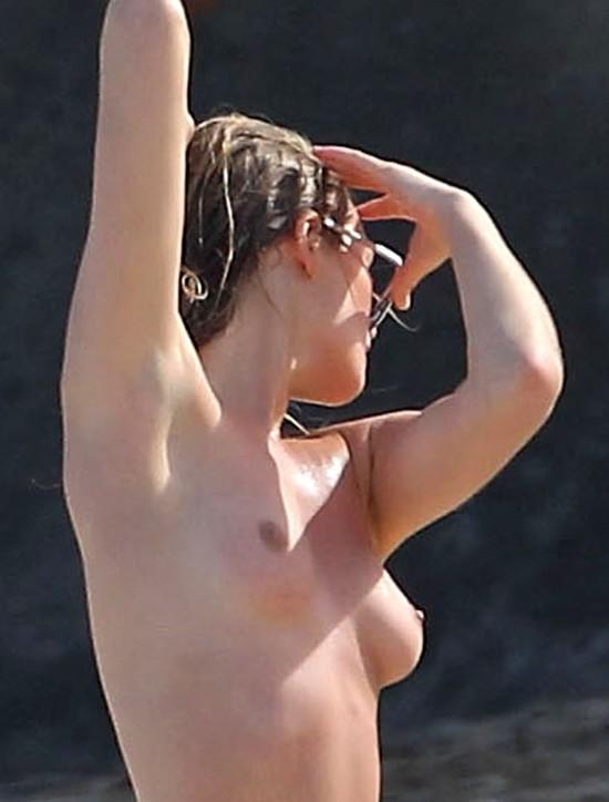 Toni Garrn - dziewczyna Leonardo Di Caprio topless (FOTO)