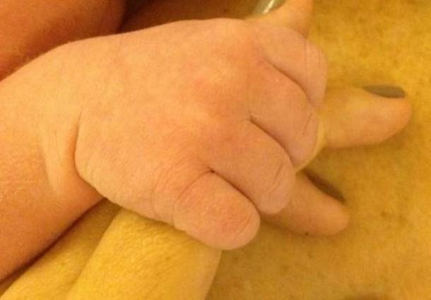 Tori Spelling dawkuje nam swoją miłość (FOTO)