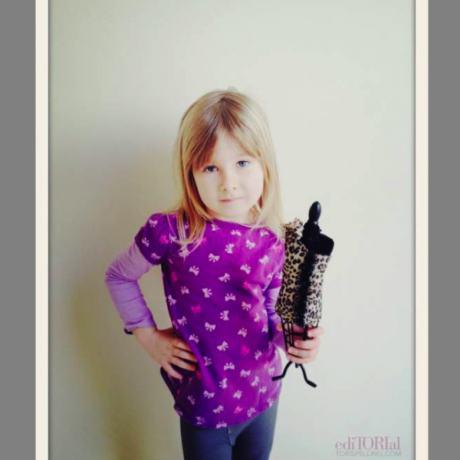 Córka celebrytki bawi się w projektantkę (FOTO)