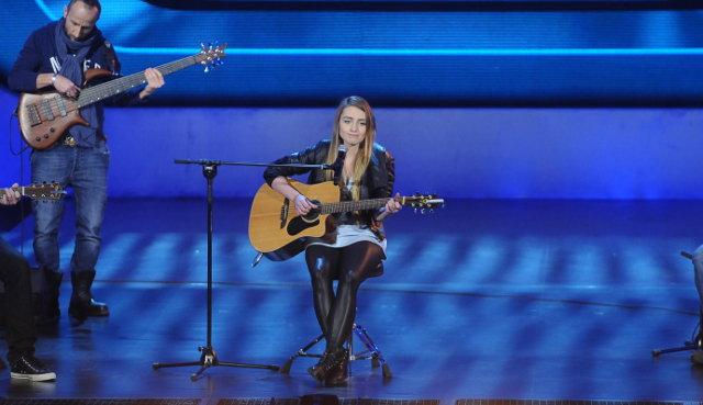 Świetny występ nastolatki w Must be the music (VIDEO)