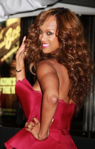Jakiego szamponu używa Tyra Banks? (FOTO)