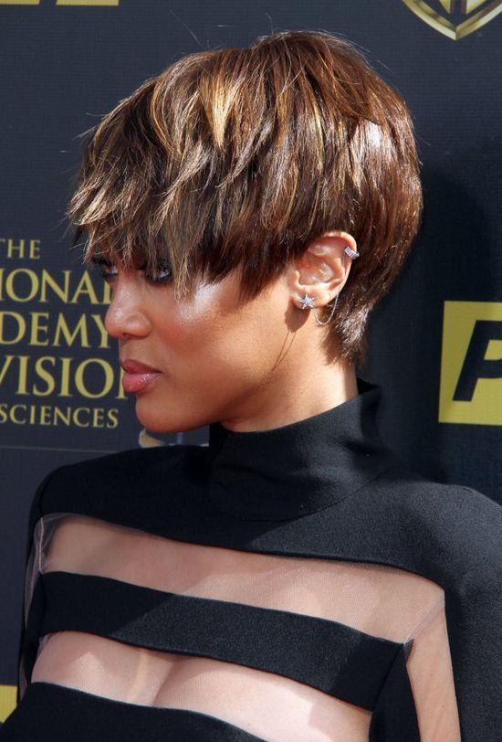 Tyra Banks długo nie wytrzymała z takimi włosami (FOTO)
