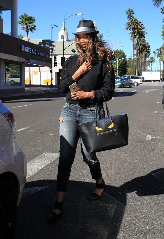 Tyra Banks d�ugo nie wytrzyma�a z takimi w�osami (FOTO)