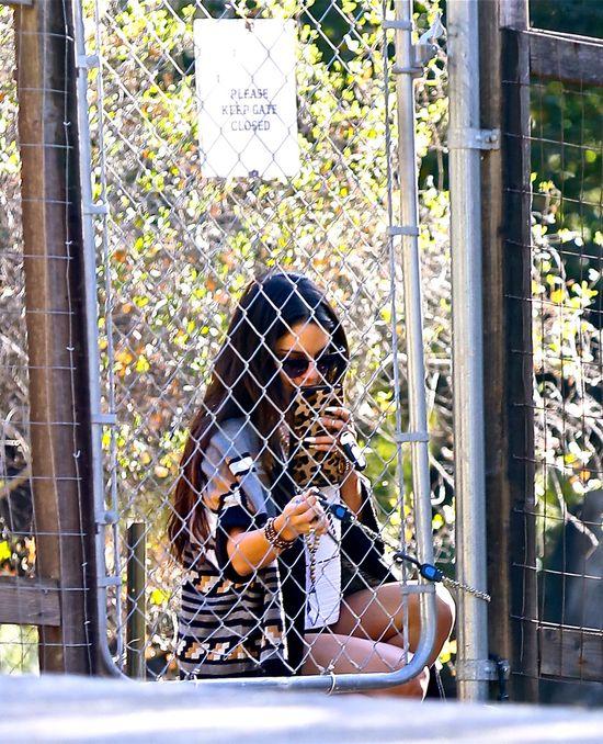 Vanessa Hudgens leczy się u psychiatry?! (FOTO)