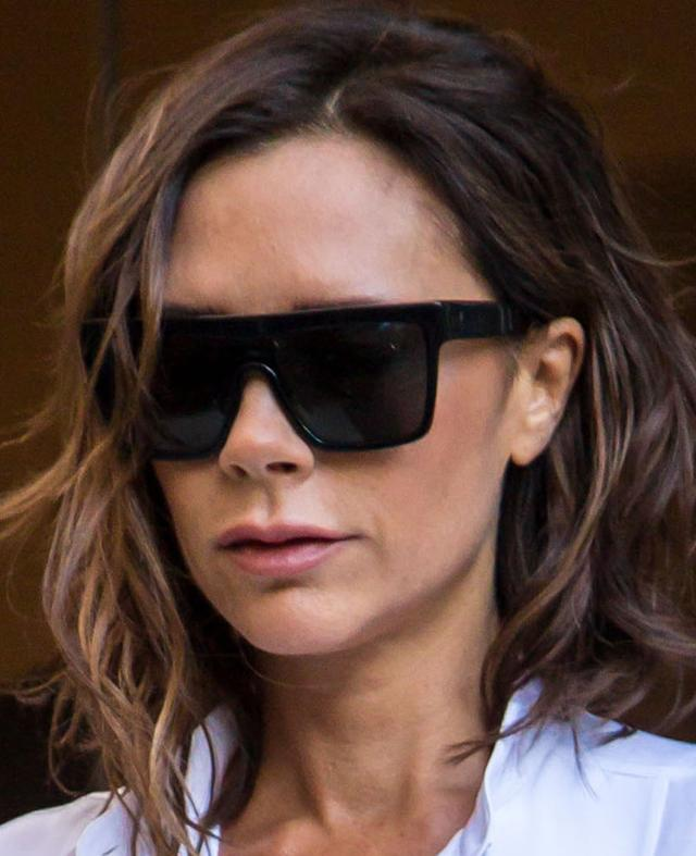 Co Victoria Beckham zrobiła z ustami? [VIDEO]