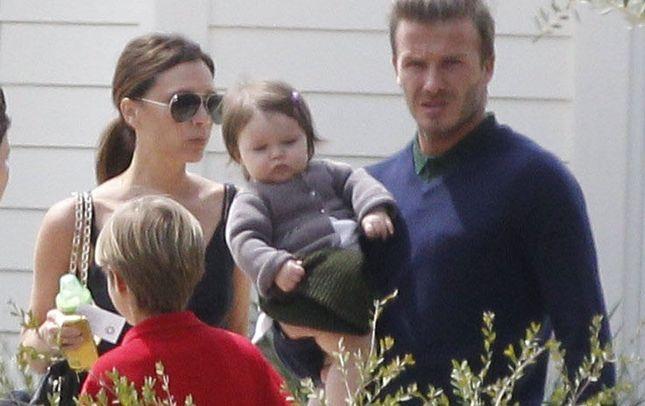 Victoria Beckham wypożycza różowe króliki na urodziny Harper
