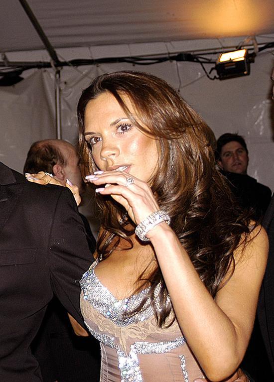 Victoria Beckham przyznała, że była PIJANA, gdy poznała Davida