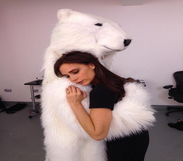 Victoria Beckham robi się nudna? (VIDEO)