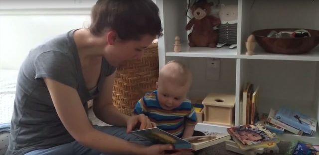 Dziecko płacze, a rodzice się śmieją, bo... (FOTO)
