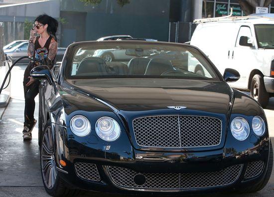 Kat Von D i jej luksusowe autko (FOTO)