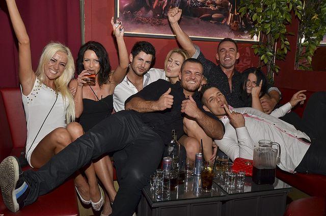 Ekipa Warsaw Shore zarabia chodząc na imprezy