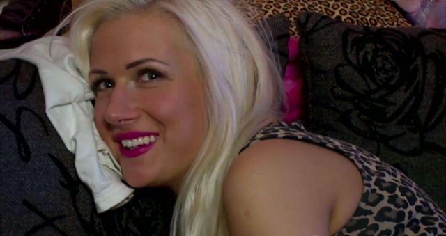 Trybson po treningach pijał mleko z piersi Elizki (VIDEO)